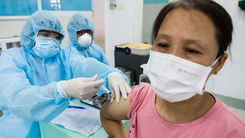 Việc Nên Và Không Nên Làm Sau Tiêm Vaccine Covid-19